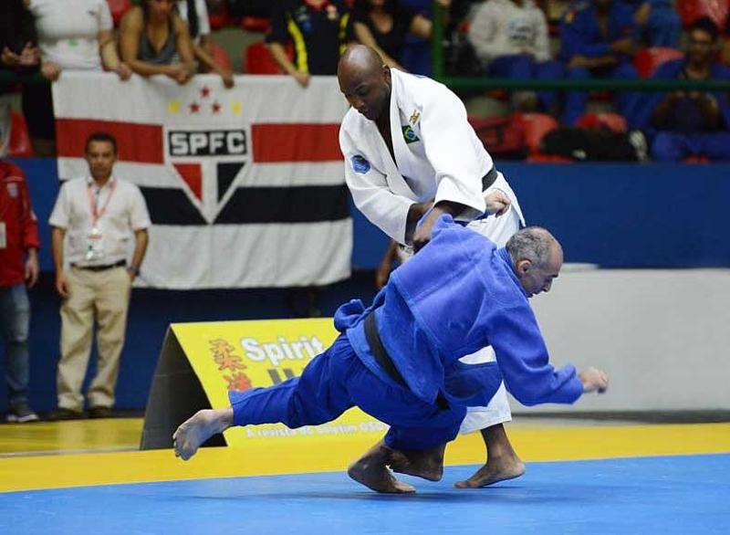 Judocas prestarão homenagem ao ex-atleta Mário Sabino Jr.