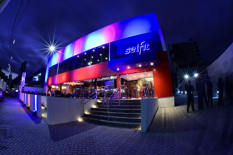 Rede de academias Selfit inaugura unidade no Marília Shopping