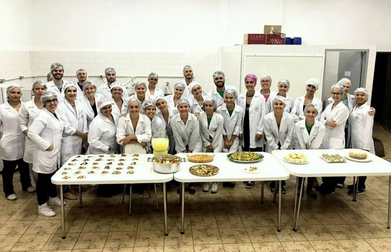 Gastronomia Brasileira é tema de aula prática do curso de Nutrição da Unimar