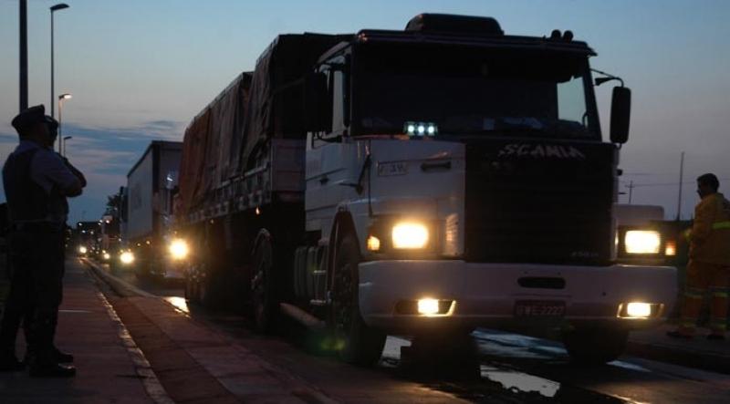 """""""Acorda Motorista"""" atende caminhoneiros na madrugada em Marília"""